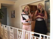 girls in love milf seduces a young blonde